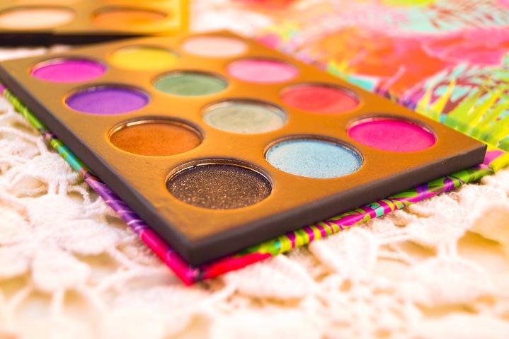 Makeup pas cher et de bonne qualité c'est possible ? 😱 | Cheap but high quality makeup is this possible ?😱