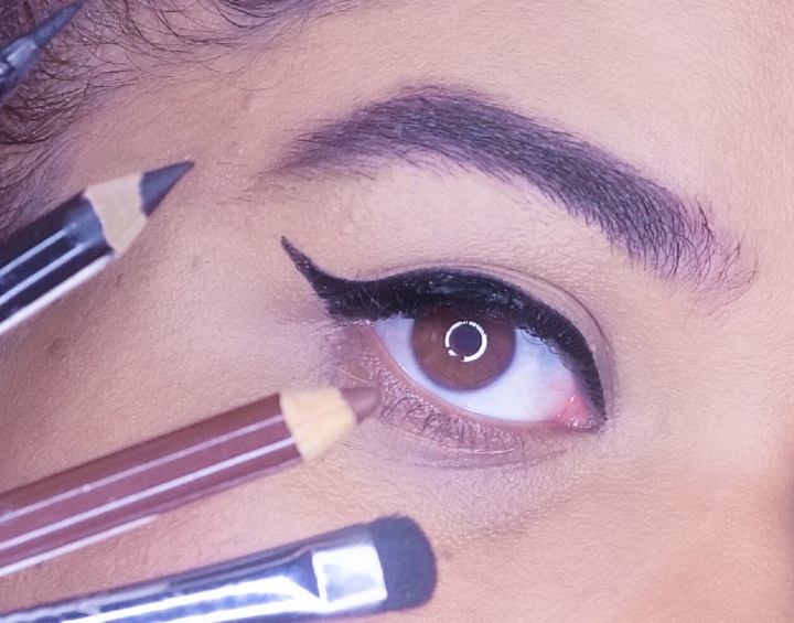 4 ALTERNATIVES FACILES POUR LE EYELINER / 4 EASY ALTERNATIVES FOR EYELINER ⎪TUTORIEL